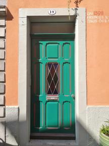 Prächtige Türen und Portale