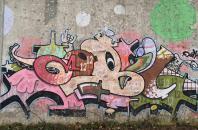 Graffiti an der alten Eisenbahnbrücke