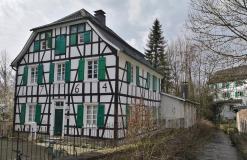 Viele Häuser datieren aus dem achtzehnten Jahrhundert