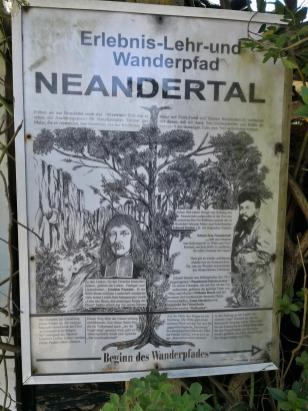 Am Ortsausgang von Erkrath treten wir in das Neandertal ein