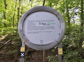 """Infotafel am früheren Bergwerk """"Toter Mann"""""""