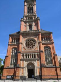 Frontseite der Johanneskirche