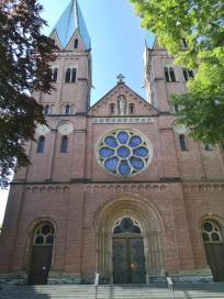 Frontseite von St. Aloysius