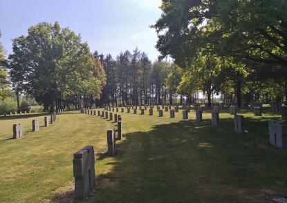 Der deutsche Soldatenfriedhof beim Dorf Hürtgen