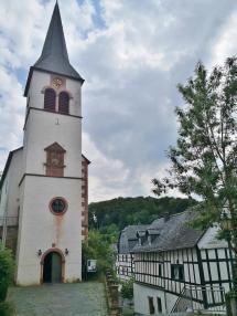 Turm der Kirche St. Maria Himmelfahrt