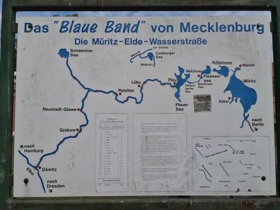 Infotafel der Wasserstraßen rund um Plau am See