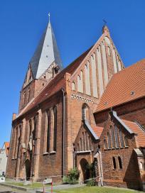Die St. Nicolai-Kirche beim Marktplatz