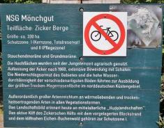 Bei Gager laufen wir in das Naturschutzgebiet Mönchgut hinein
