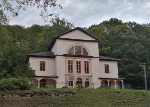Das Coudray-Haus oberhalb des Goetheparks
