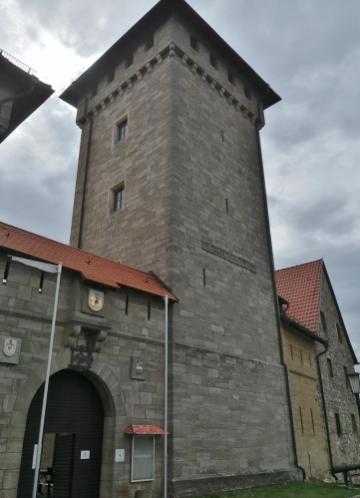 Bergfried der Wachsenburg, Außenansicht