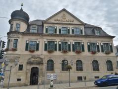 Historischer Bau der Sparkasse Vogtland