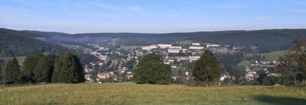 Panoramablick hinunter nach Klingenthal