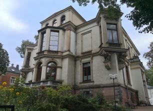 In dieser Villa am Schwanenteich residiert die Evangelische Christengemeinde Elim