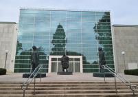 Skulpturen vor der Essener Philharmonie