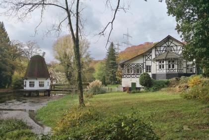 Gartenansicht der Heidberger Mühle