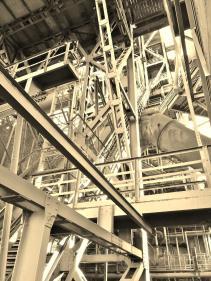 Förderaufzug für Kohle und Erzu hinauf zur Spitze des Hochofens