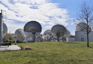 Satellitenschüsseln bei Axess Networks Solutions Germany