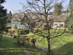 Hofanlage am Leimbach in den Glöbuscher Wiesen