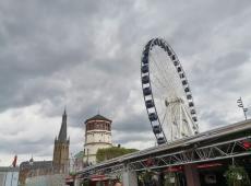 Josephkapelle, Schlossturm, Wheel of Vision am Burgplatz