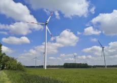 Windräder oben auf der Vollrather Höhe