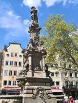 Jan-van-Werth-Brunnen am Alter Markt