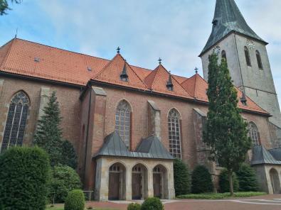 Kirche St. Vincentius aus dem späten 15. Jahrhundert