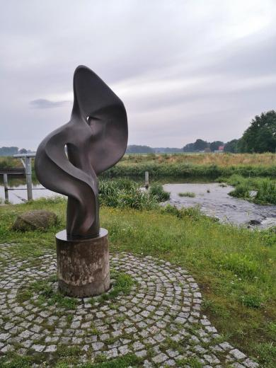Skulptur am Haseüberfall