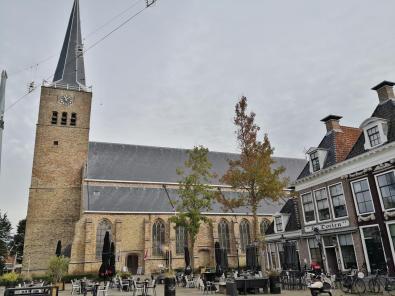 Die Martinikerk am Marktplatz
