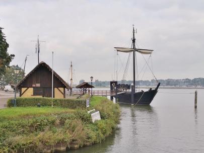 Museumsschiff an der Koggewerft