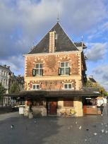 Haus der Waage am Fiaschmarkt