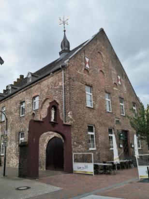 Kamper Hof, eine mittelalterliche Außenstelle des Klosters Kamp