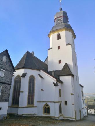 Chor und Turm der Stephanskirche