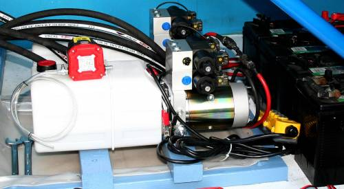 small resolution of drip tray the installation showing twin dual valve power packs fitted inside the ford transit van not the polythene drip tray fitted under the pumps and
