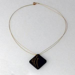 collier-ebene-brindilles-or