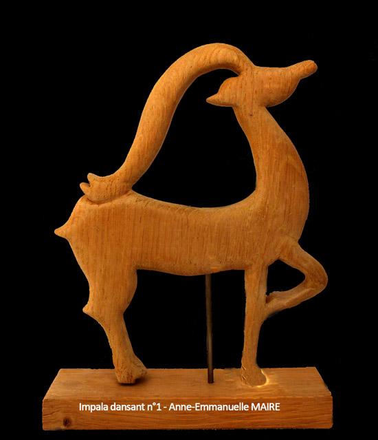 sculpture-bois-impala-dansant-1-anne-emmanuelle-maire