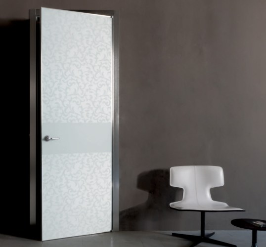 Pivot Door with patterned glass