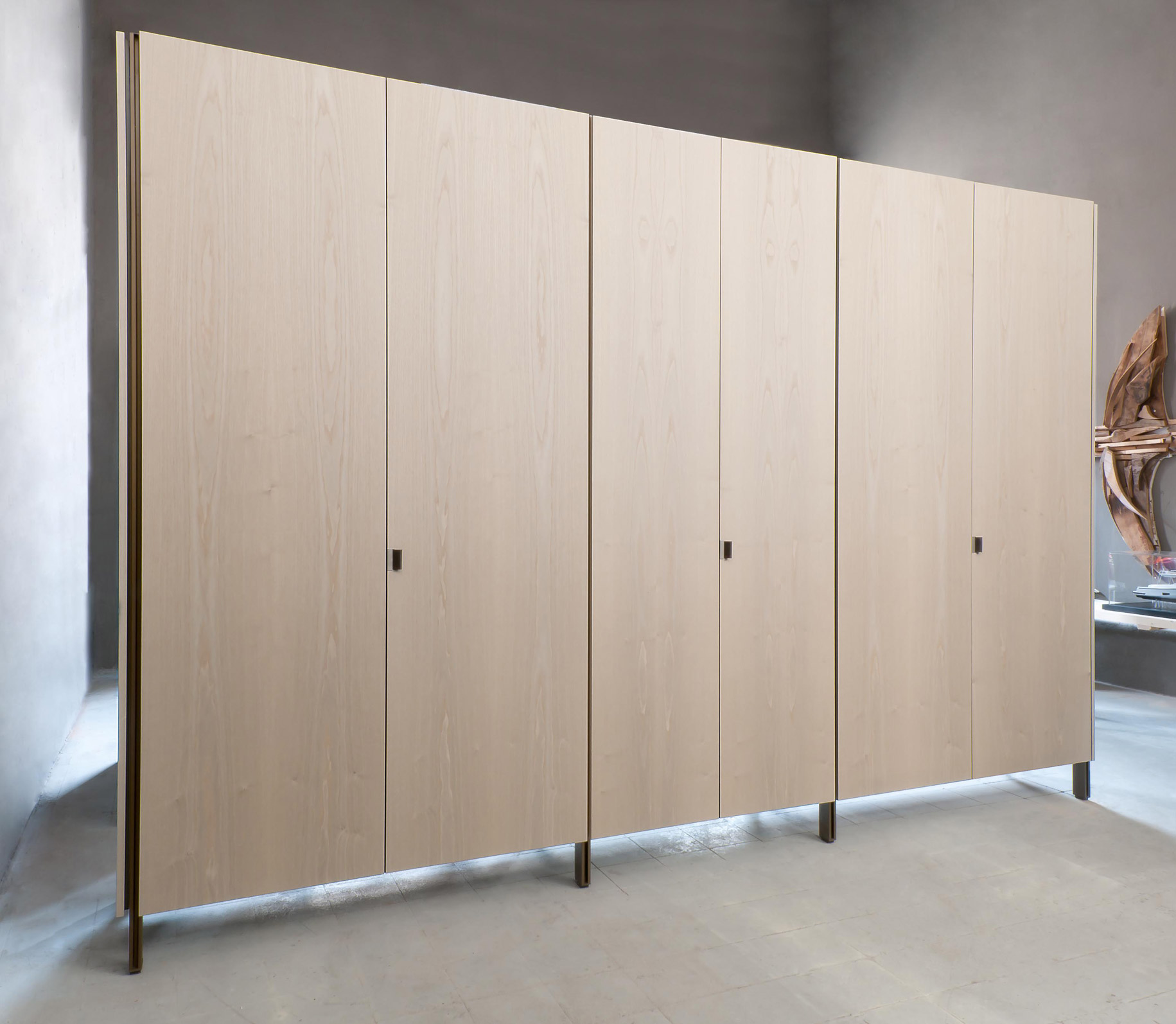 Wardrobe Partition: Solo: Closet & Partition System