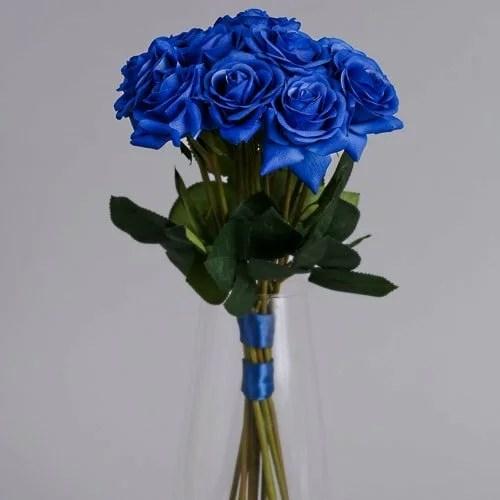 12 blue roses vase