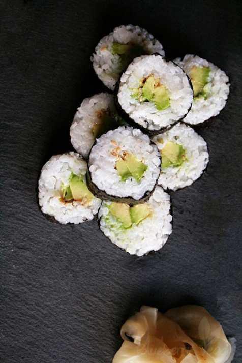 Maki mit Avocado
