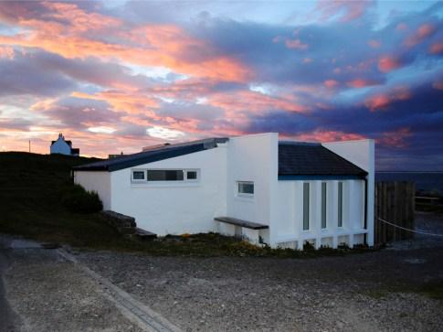cottage_sunset