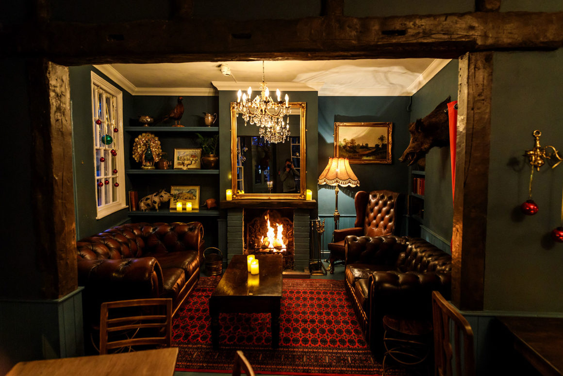 the blue room the blue boar