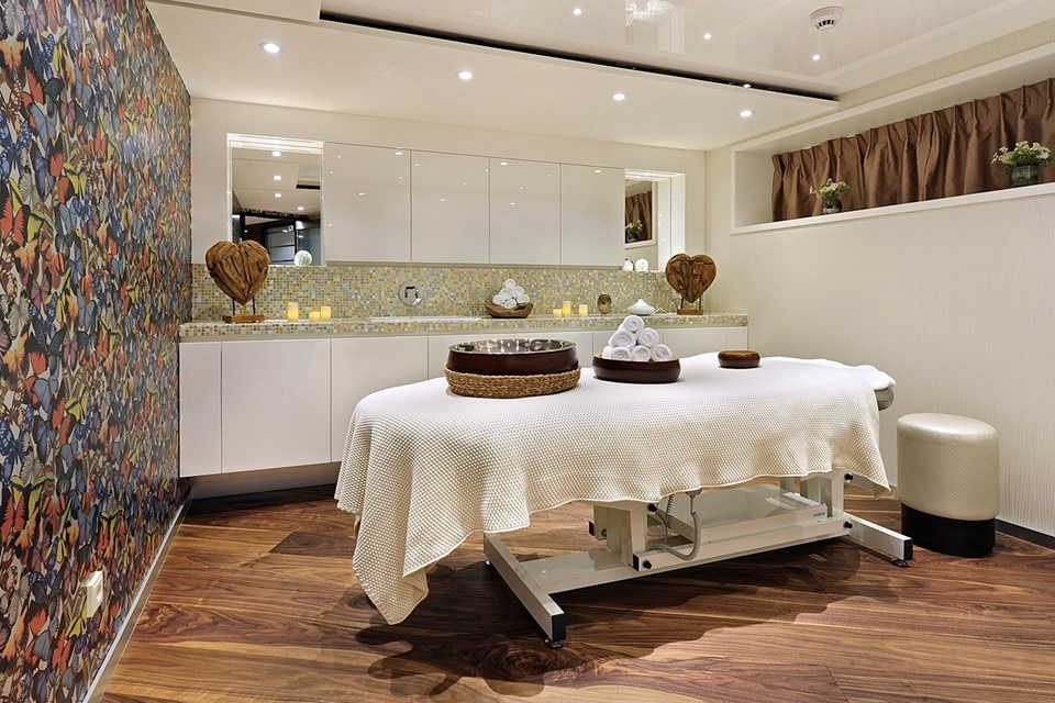 ataglance_amastella_massageservices