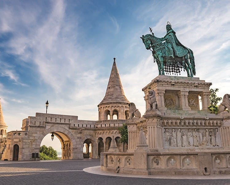 magnificenteurope_budapest_fishermansbastion_ss_323753915_dailyprogram