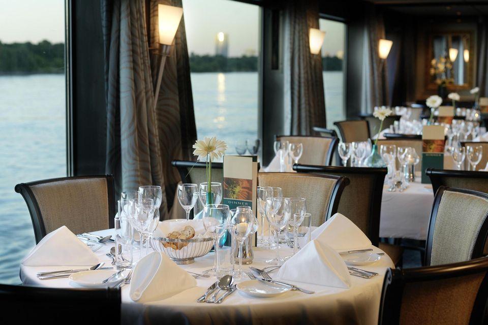 csm_12_Amadeus_Elegant_Panorama_Restaurant_5d7ee3dd2d