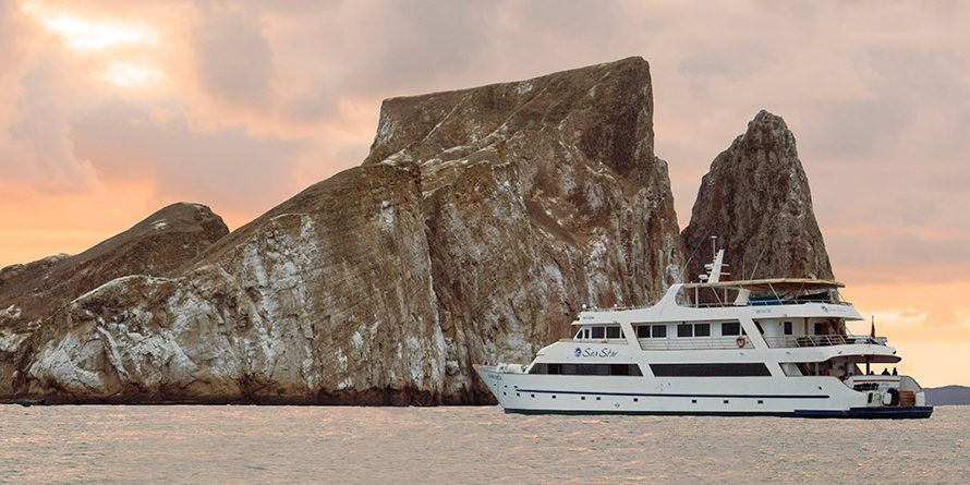 sea-star-journey-galapagos-cruise