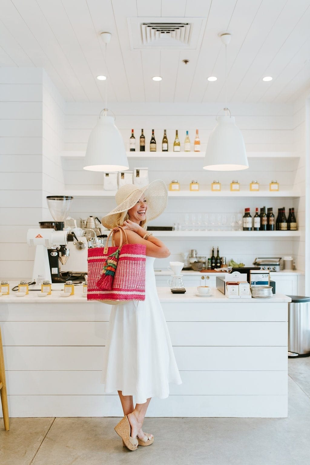 Straw hat, straw beach bag, an all white outfit is great women's summer style. Get summer clothes that are easy to wear and a dress that is super easy to wear!