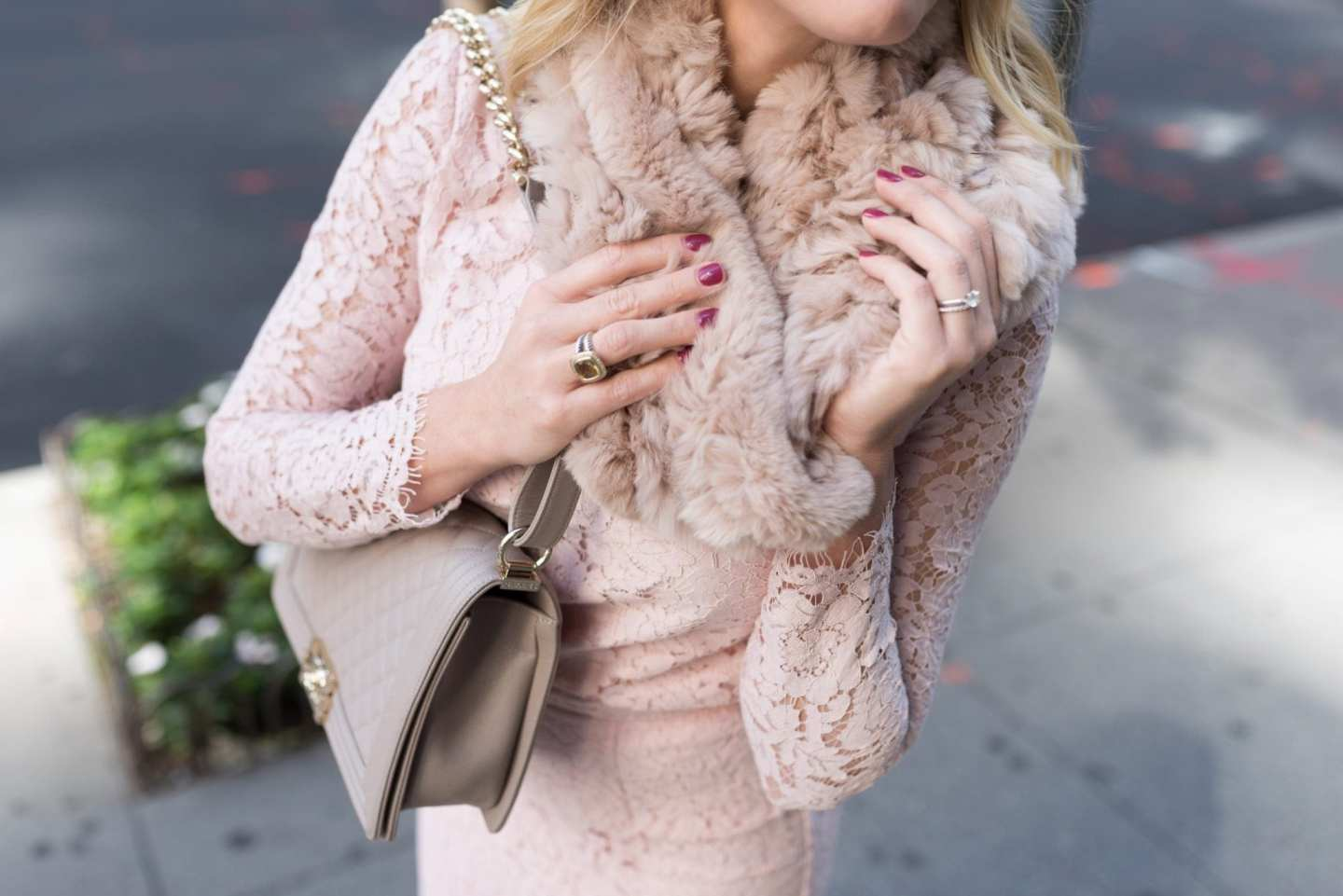 Fur Scarf and lace pink outfit inspiration.
