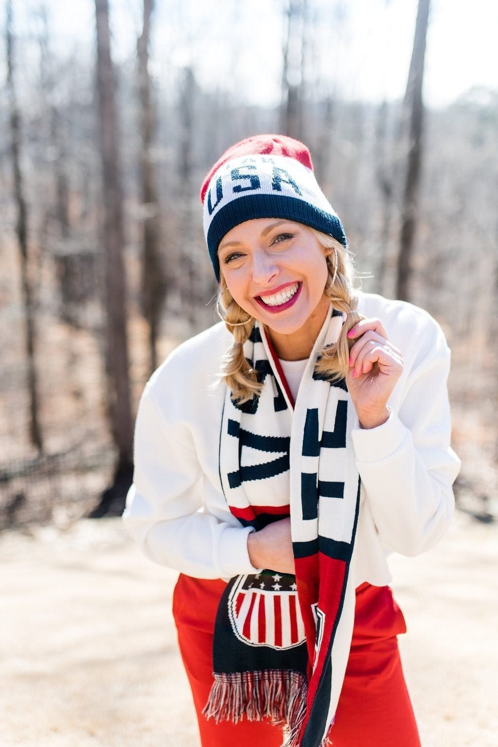 Team USA hat and scarf.