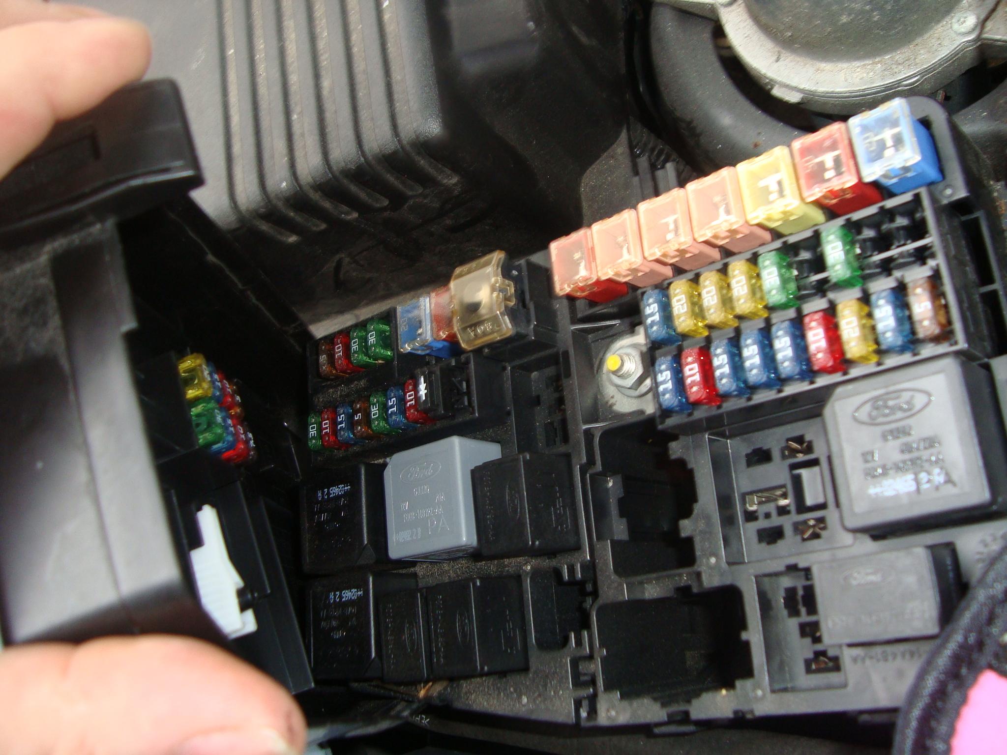 2001 Jaguar Xj8 Engine Compartment Fuse Box Diagram