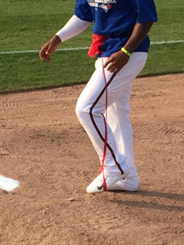Marcus Stroman with an elastic band over his leg. Photo: Chad Hillman